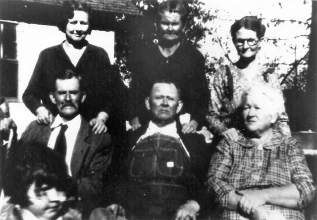 Dial Siblings 1932