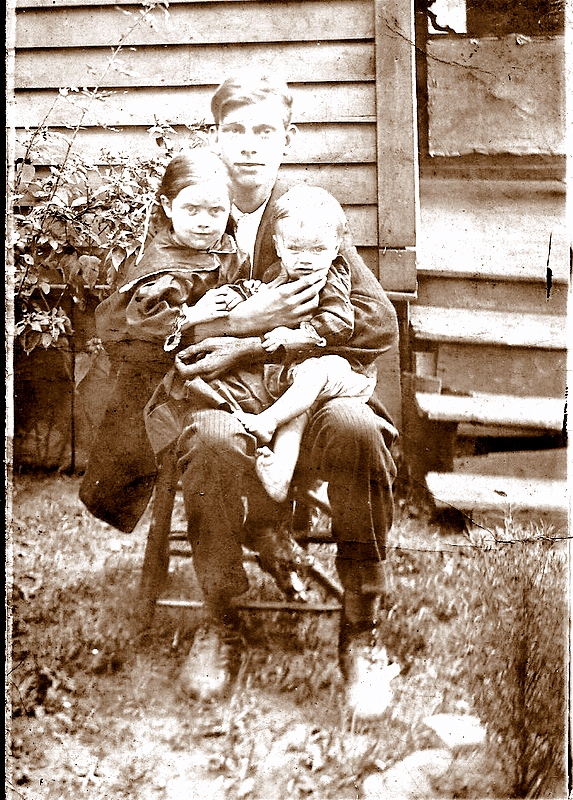 Georgia, Dewey and Mary Louise Bennett